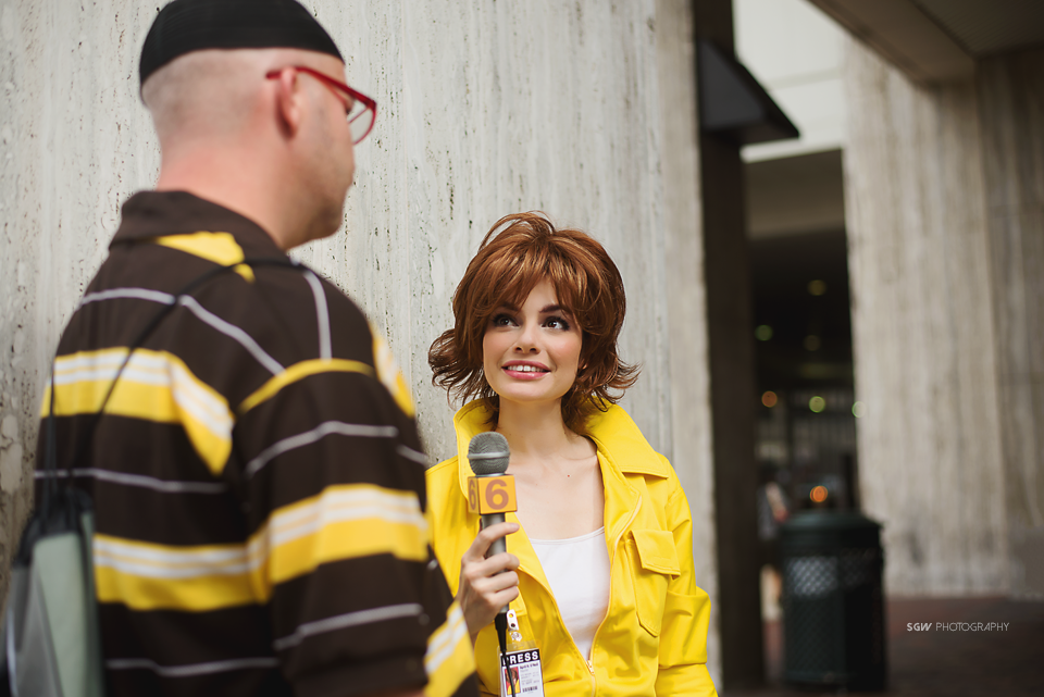 April O'neil Cosplay Classic TMNT Interviewing